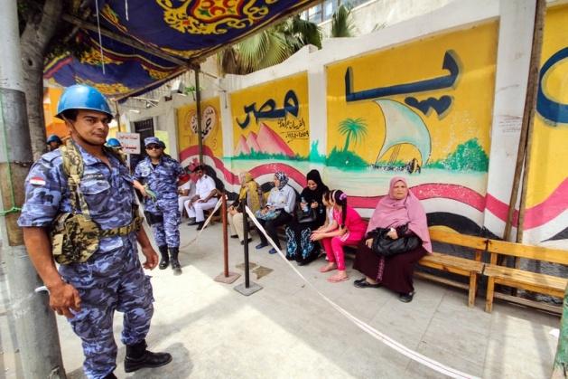 Mısır halkı seçimlere ilgisiz kaldı 8