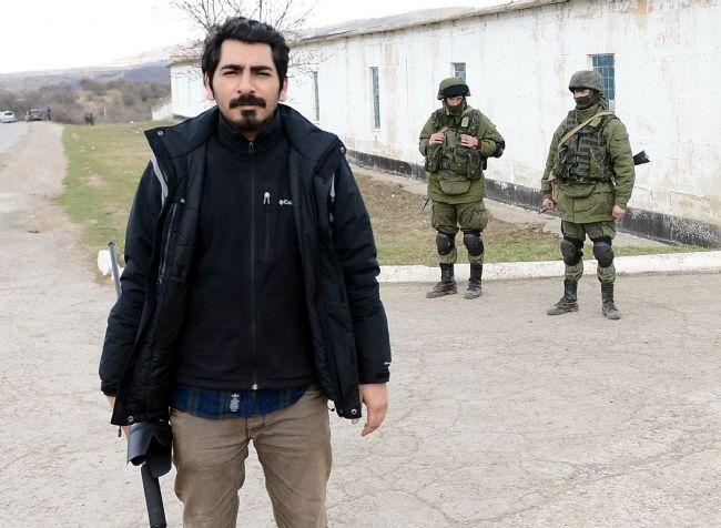 Rus askerler Kırım'a çadır kurdu! 15