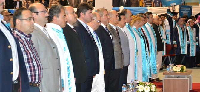 Mevlana Üniversitesi ilk mezunlarını verdi 10
