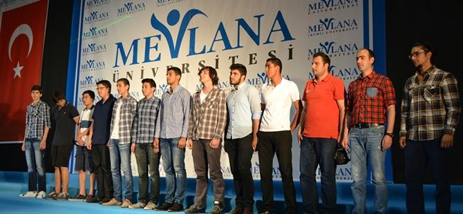 Mevlana Üniversitesi ilk mezunlarını verdi 11