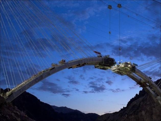 Bir mühendislik şaheseri 'Mega köprü' 12