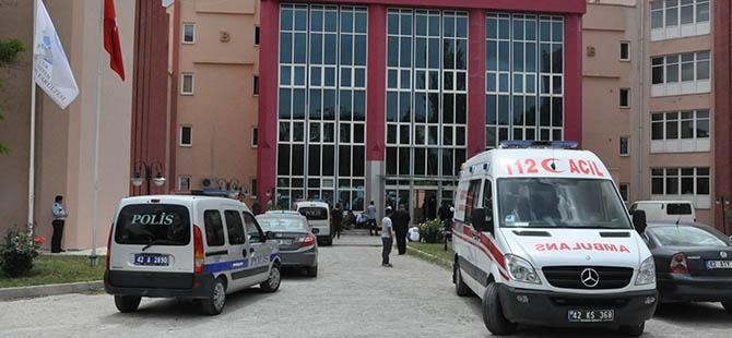 SÜ'de öğretim üyesi bıçaklanarak öldürüldü 1