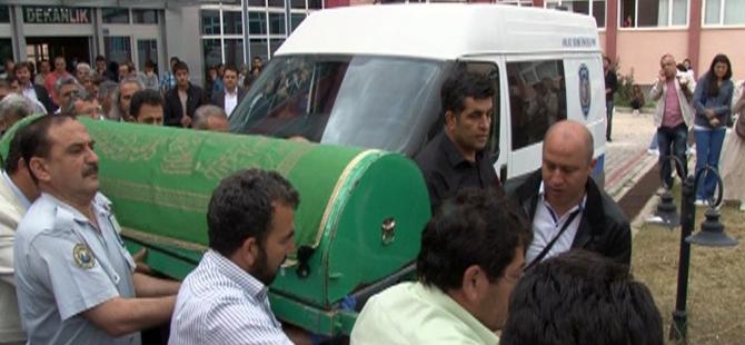 SÜ'de öğretim üyesi bıçaklanarak öldürüldü 10