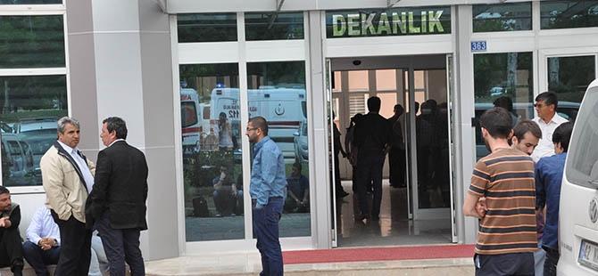 SÜ'de öğretim üyesi bıçaklanarak öldürüldü 3
