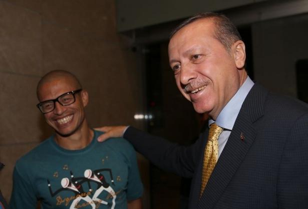 Erdoğan'a havalimanında sürpriz karşılama 1