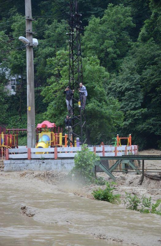 Zonguldak sular altında kaldı 11