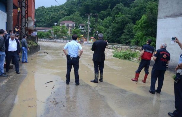 Zonguldak sular altında kaldı 8