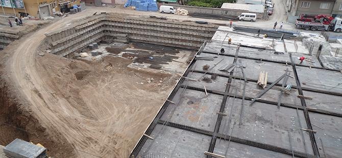 Konevi Meydanında inşaat sürüyor 12