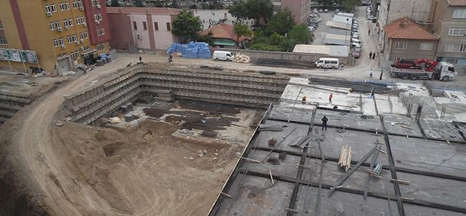 Konevi Meydanında inşaat sürüyor 14