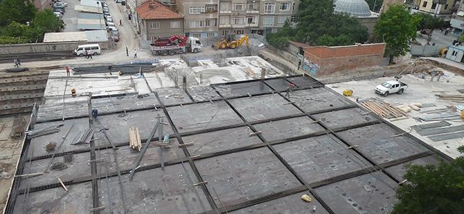 Konevi Meydanında inşaat sürüyor 16