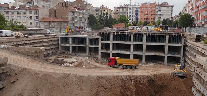 Konevi Meydanında inşaat sürüyor 20