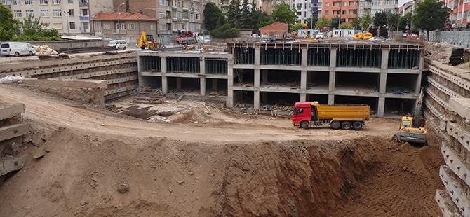 Konevi Meydanında inşaat sürüyor 21