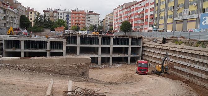 Konevi Meydanında inşaat sürüyor 23