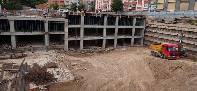 Konevi Meydanında inşaat sürüyor 26