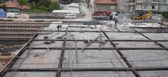 Konevi Meydanında inşaat sürüyor 7