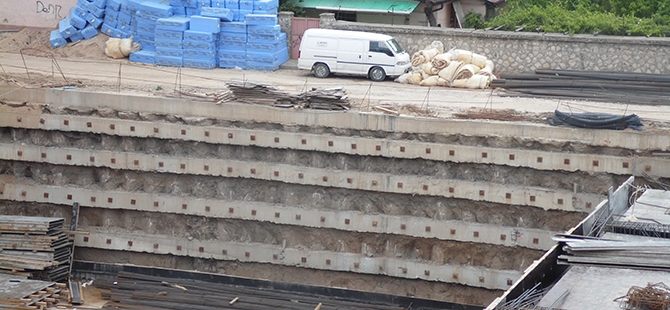Konevi Meydanında inşaat sürüyor 8