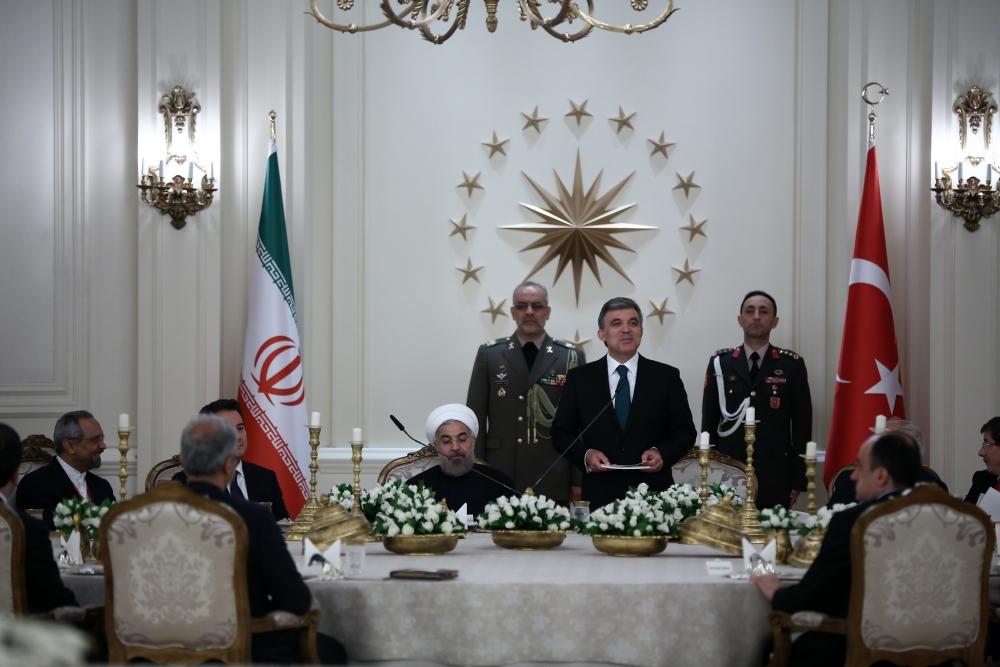 Gül'den Ruhani onuruna yemek 14