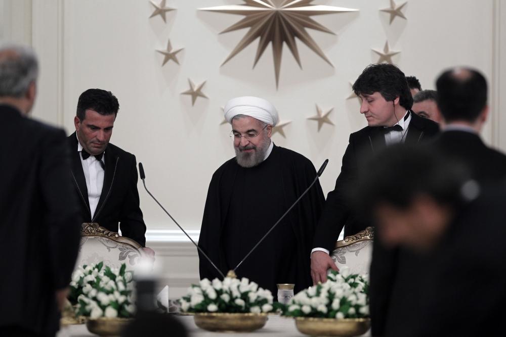 Gül'den Ruhani onuruna yemek 8