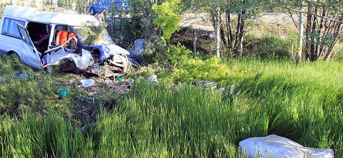 Sivas'ta trafik kazası: 16 yaralı, 1 ölü 4