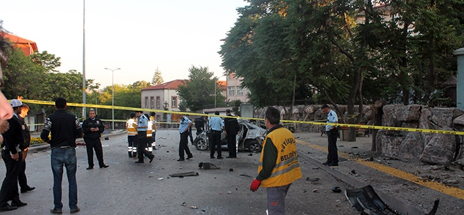 Ankara'da feci kaza: 3 ölü, 2 yaralı 5