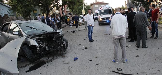 Ankara'da feci kaza: 3 ölü, 2 yaralı 7