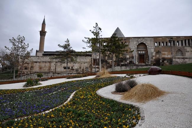 Alaaddin Camisi'nin Restorasyonuna Başlanıyor 1