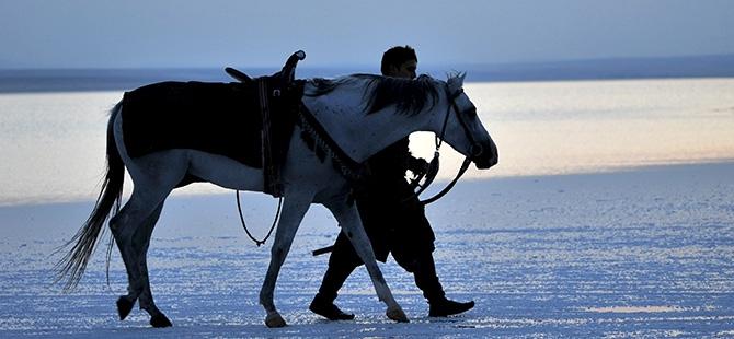 """""""Diriliş""""in fragmanı Tuz Gölü'nde çekildi 9"""