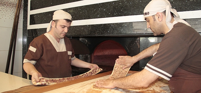 Etliekmek iftar sofrasında başka güzel 4