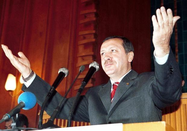 Recep Tayyip Erdoğan - Yeşil sahalardan Köşk adaylığına 12