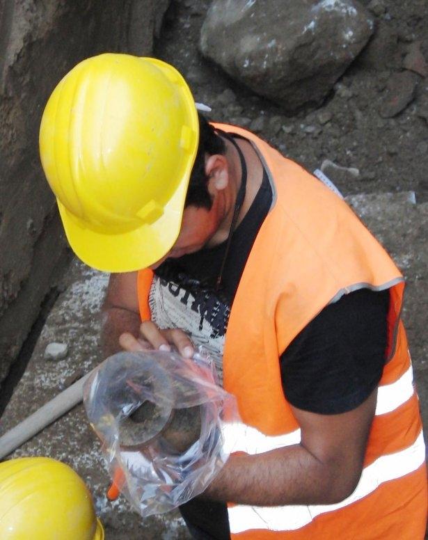 Kanalizasyon kazısında inanılmaz keşif 13