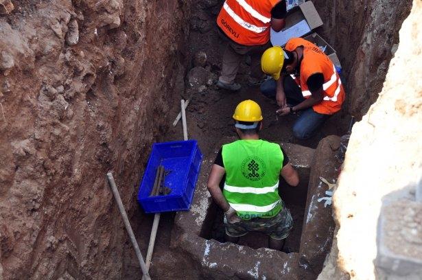 Kanalizasyon kazısında inanılmaz keşif 7