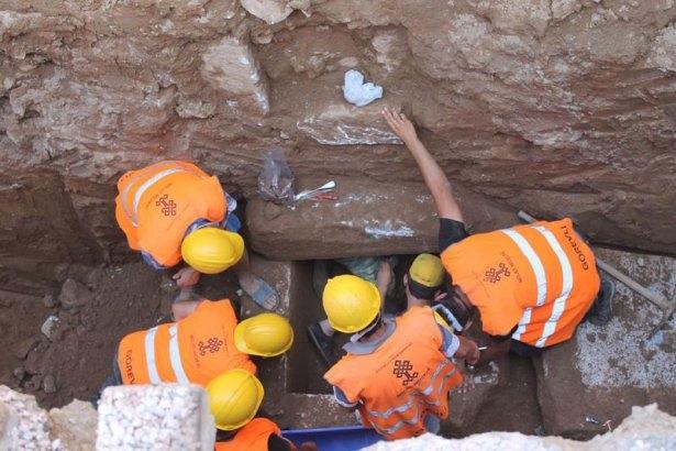 Kanalizasyon kazısında inanılmaz keşif 9
