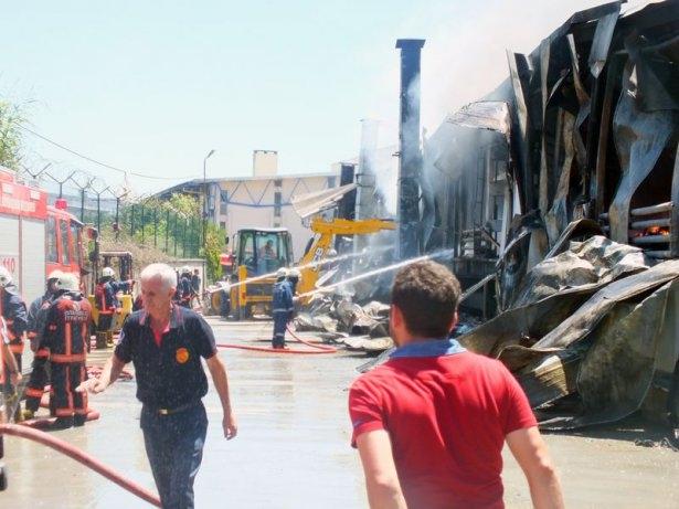 Hadımköy'de büyük yangın 13