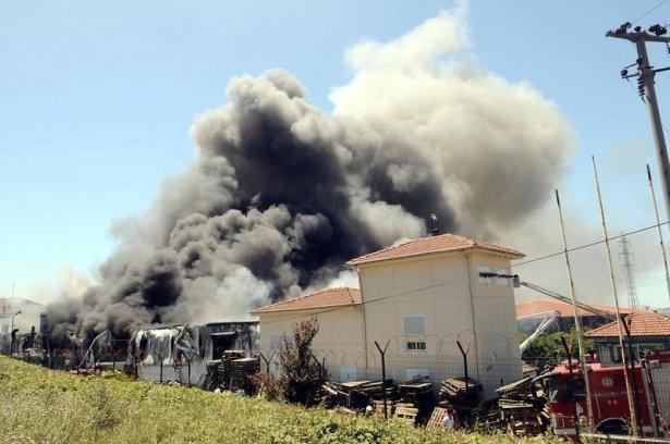 Hadımköy'de büyük yangın 5