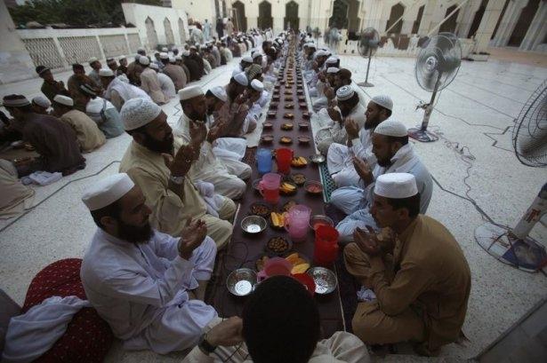 Dünyadan Ramazan manzaraları 18