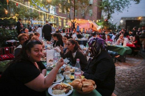 Dünyadan Ramazan manzaraları 92