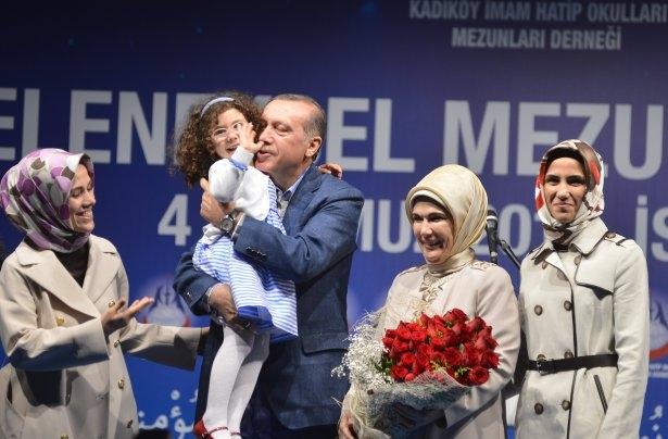 Başbakan Erdoğan'dan eşine evlilik sürprizi 2