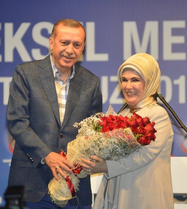 Başbakan Erdoğan'dan eşine evlilik sürprizi 4