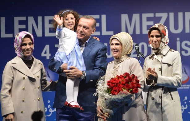 Başbakan Erdoğan'dan eşine evlilik sürprizi 5