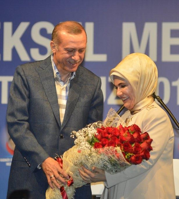 Başbakan Erdoğan'dan eşine evlilik sürprizi 7
