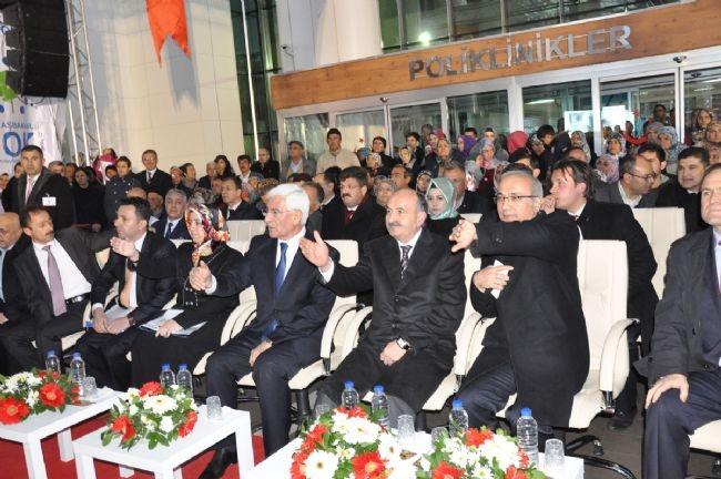 Bakan Elvan Asansörde Mahsur Kaldı! 3