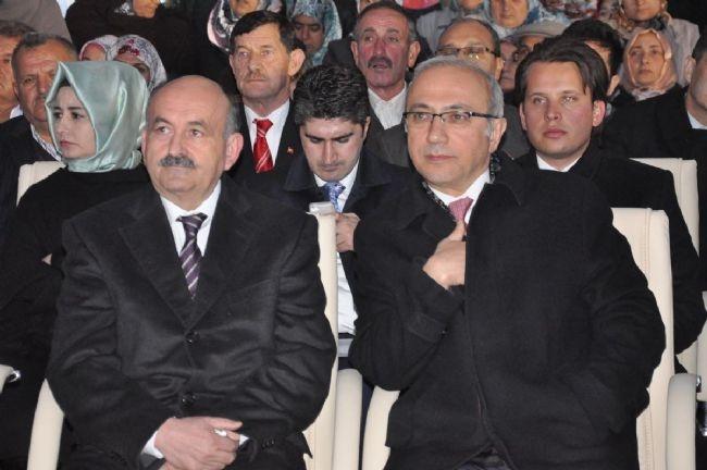 Bakan Elvan Asansörde Mahsur Kaldı! 4