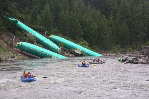 Boeing ağır yara aldı 11
