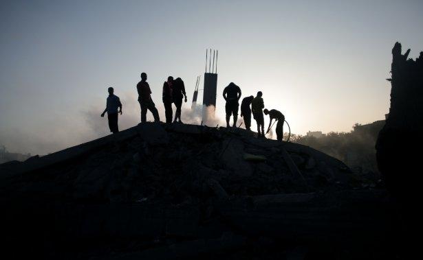 İftar vakti İsrail katliamı! 14