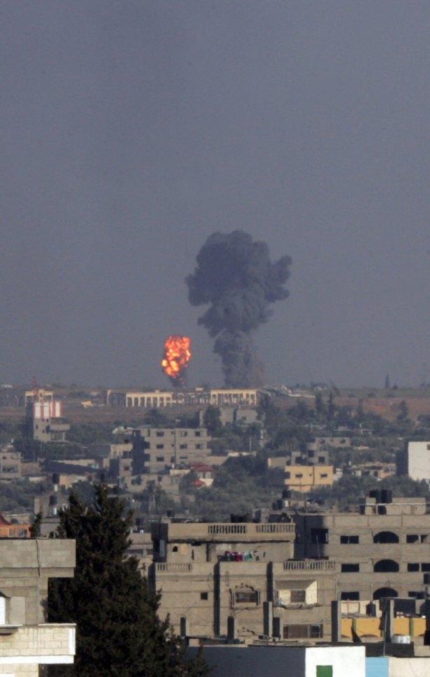 İftar vakti İsrail katliamı! 50