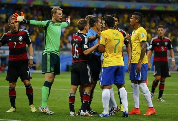Brezilya'yı fena tiye aldılar 32
