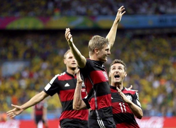 Brezilya'yı fena tiye aldılar 44