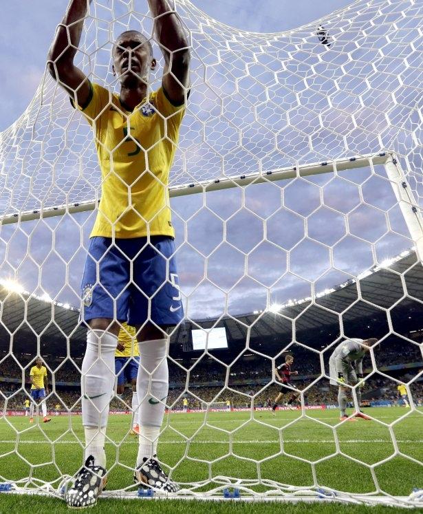Brezilya'yı fena tiye aldılar 46