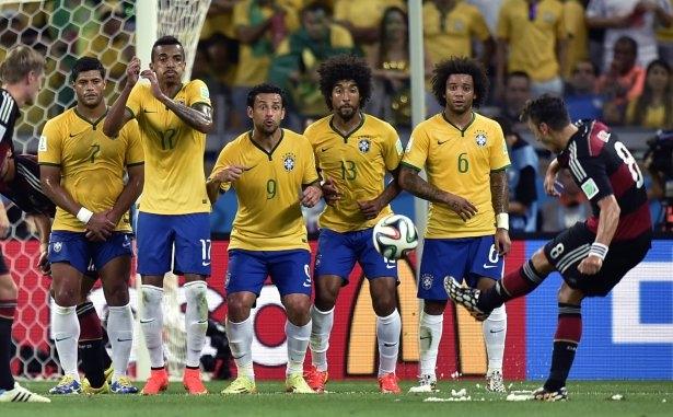 Brezilya'yı fena tiye aldılar 60