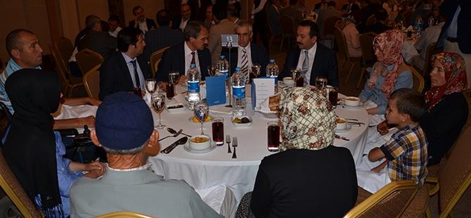 Vali Muammer Erol'dan Konya'ya iftar 8